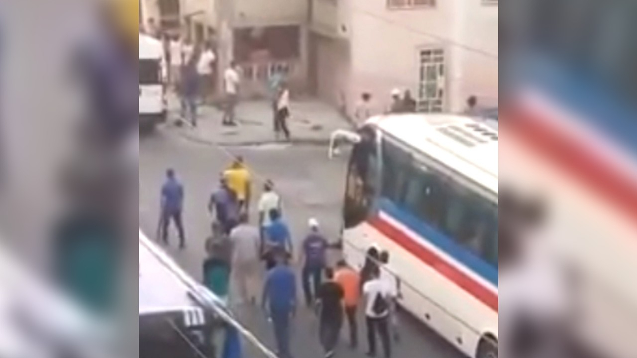 """In a video, they allegedly denounced """"policemen in civilian clothes"""" armed with sticks in Havana"""