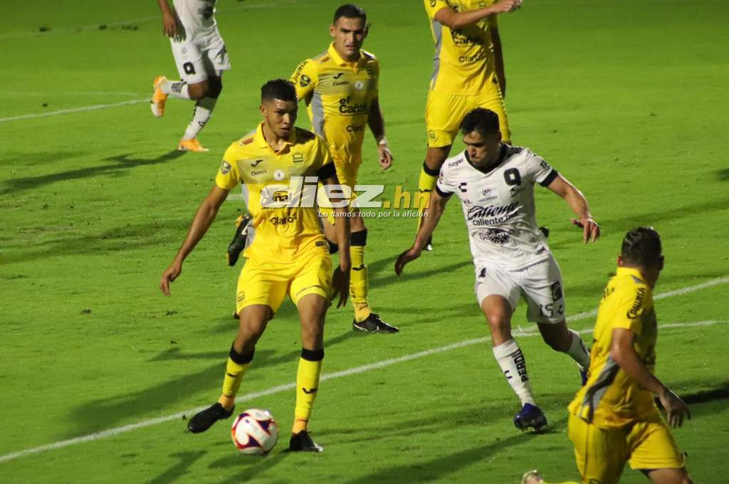 Real Spain defeats Galos Blancos de Queretaro in the first friendly match of their tour in the United States – Diez