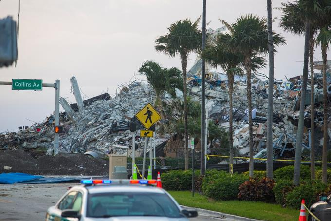 The building that collapsed in Florida before the arrival of Storm Elsa has been demolished