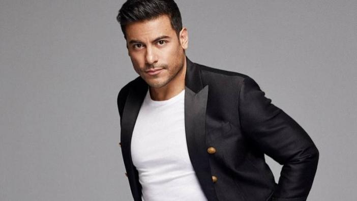 This is how Carlos Rivera responded to criticisms of the alleged aesthetic arrangement