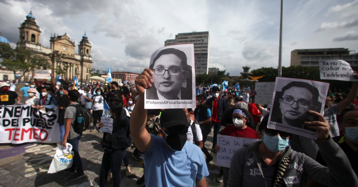 """UN and US reject Guatemala anti-corruption lawyer dismissal: """"Lack of commitment to rule of law"""""""
