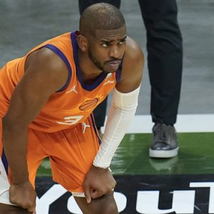 Chris Paul renews with The Suns for four years as a millionaire
