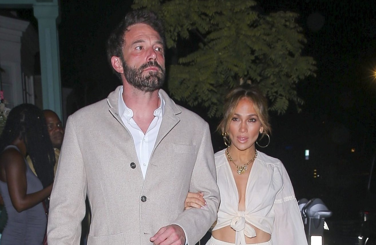 Jennifer Lopez's wonderful gift to Ben Affleck's daughters