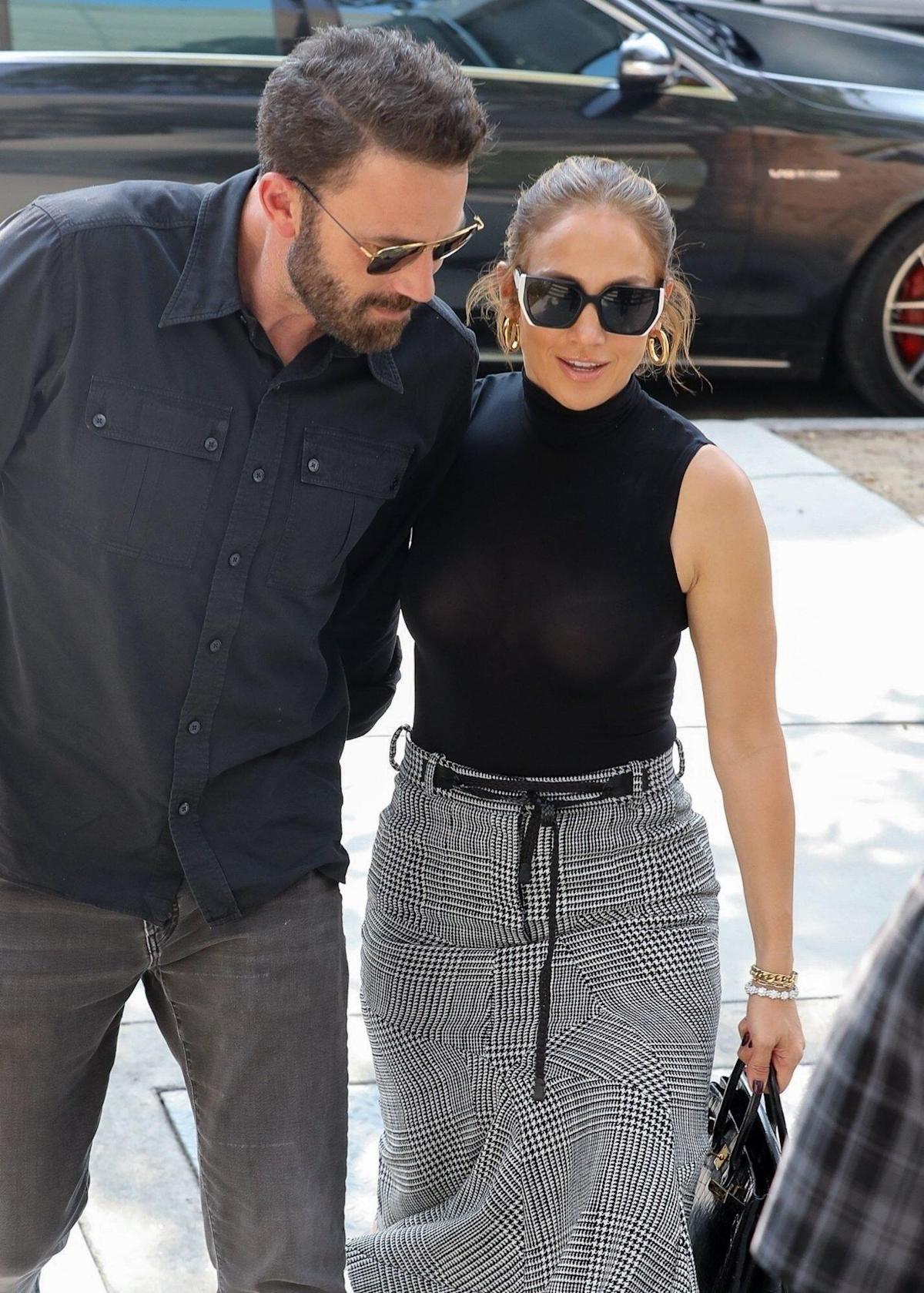 Jennifer Lopez and Ben Affleck ready to walk down the aisle?