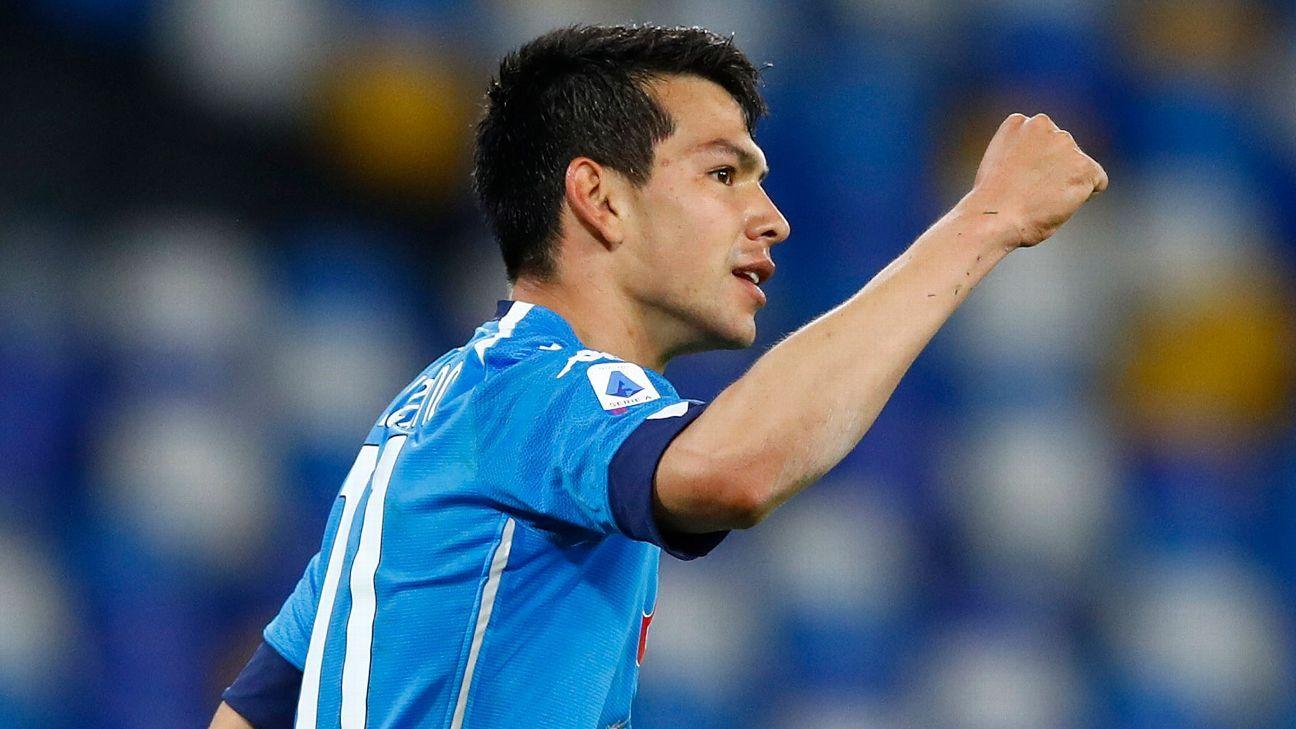 Chucky Lozano appeared in the 2021 season with Napoli
