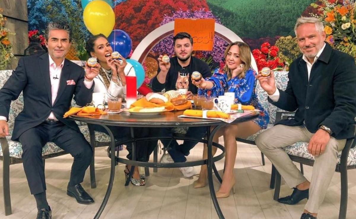 Hoy host receives 'Goodbye' from Televisa