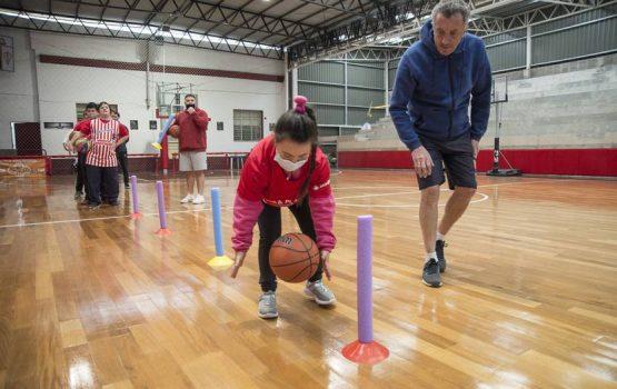 Lara Platido: The modified Larrañaga Social Club basketball team |  newspaper