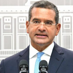 """Pierluisi stresses that it is """"not the right time"""" to implement a curfew"""