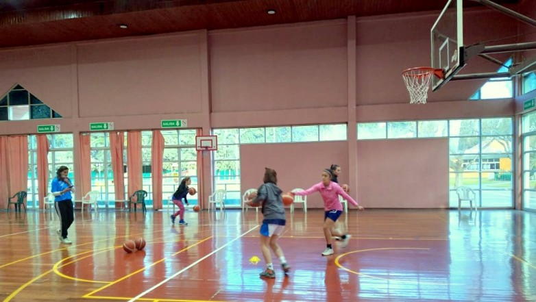 San Juan Women's Basketball is improving in binary companies
