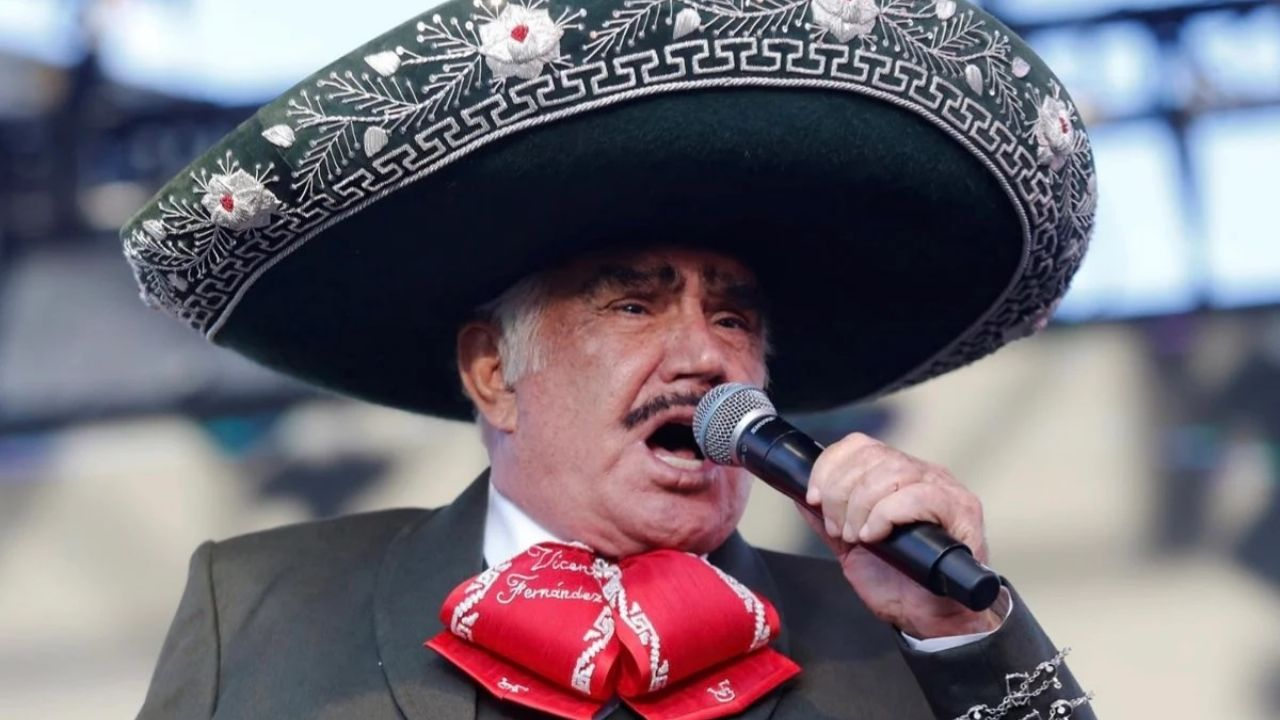 Who are included in the will that Vicente Fernandez left ready in case the worst should happen