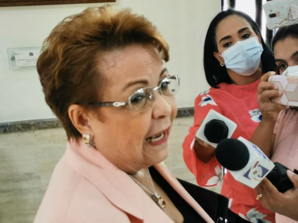 Alejandrina German visits Congress to investigate Democratic Liberation Party deputies who do not respect party lines