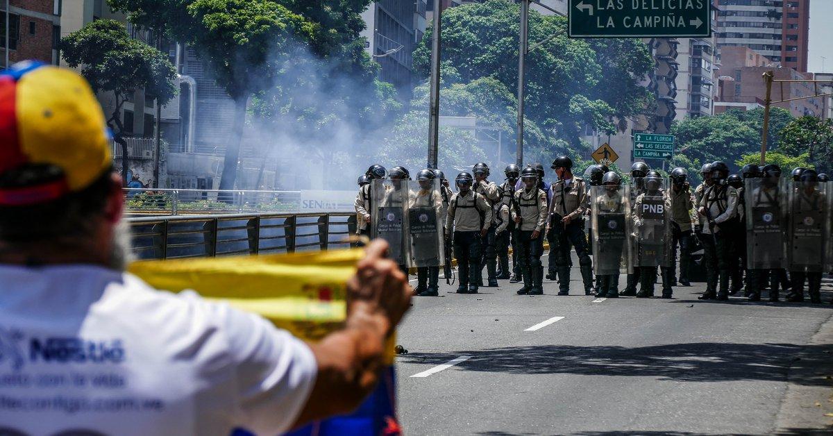 Amnesty International warns of possible crimes against humanity in Venezuela