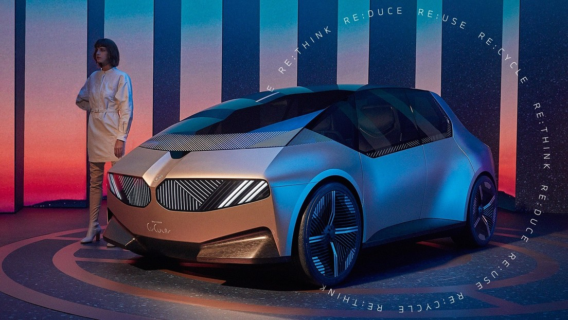 """BMW presents the i Vision Circular, a """"sustainable and luxury"""" eco-car, made from recycled materials (photos, video)"""