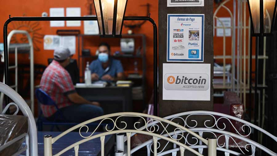 Government: Bitcoin acquisition will be mandatory and businesses will be subject to consumer law violations