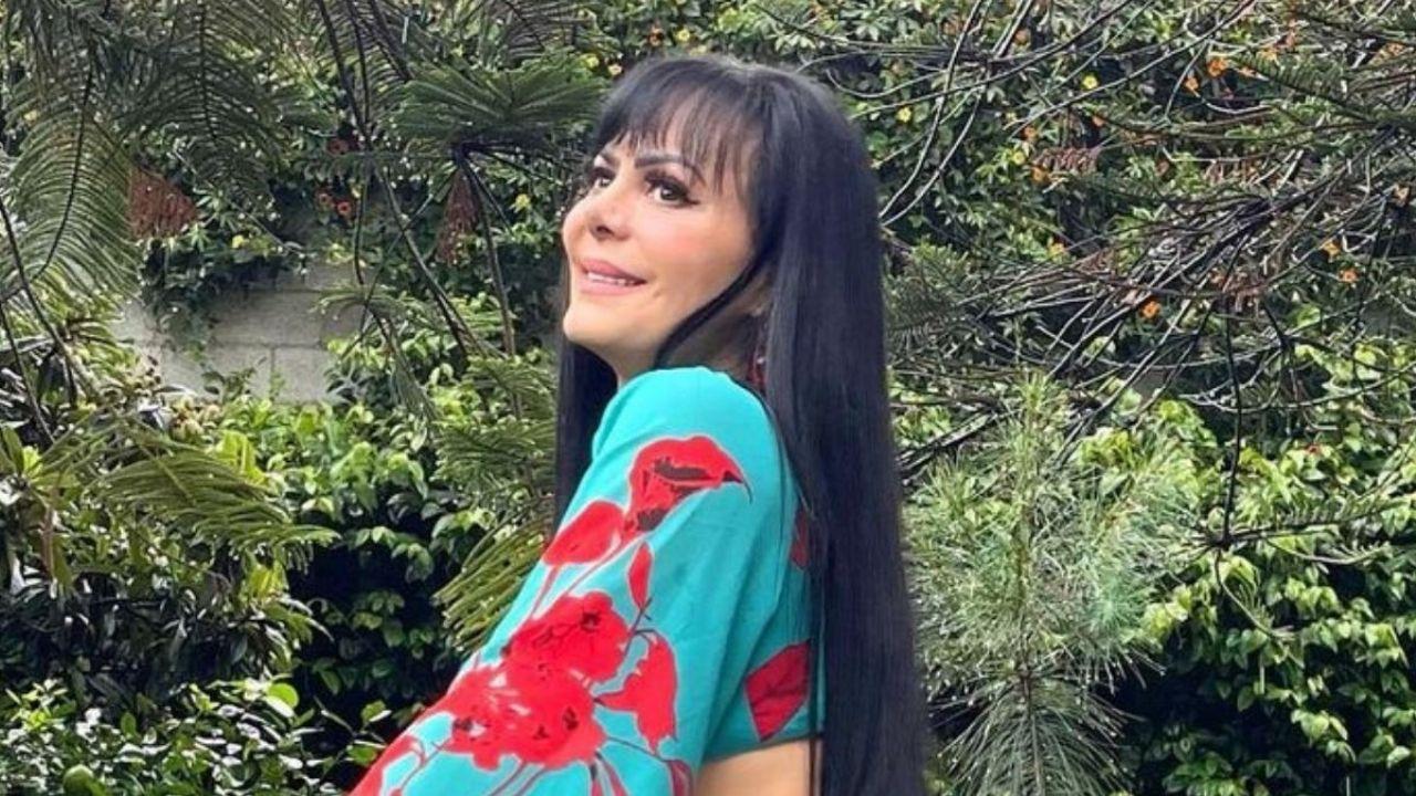 Maribel Guardia shows how to wear a mini dress this season