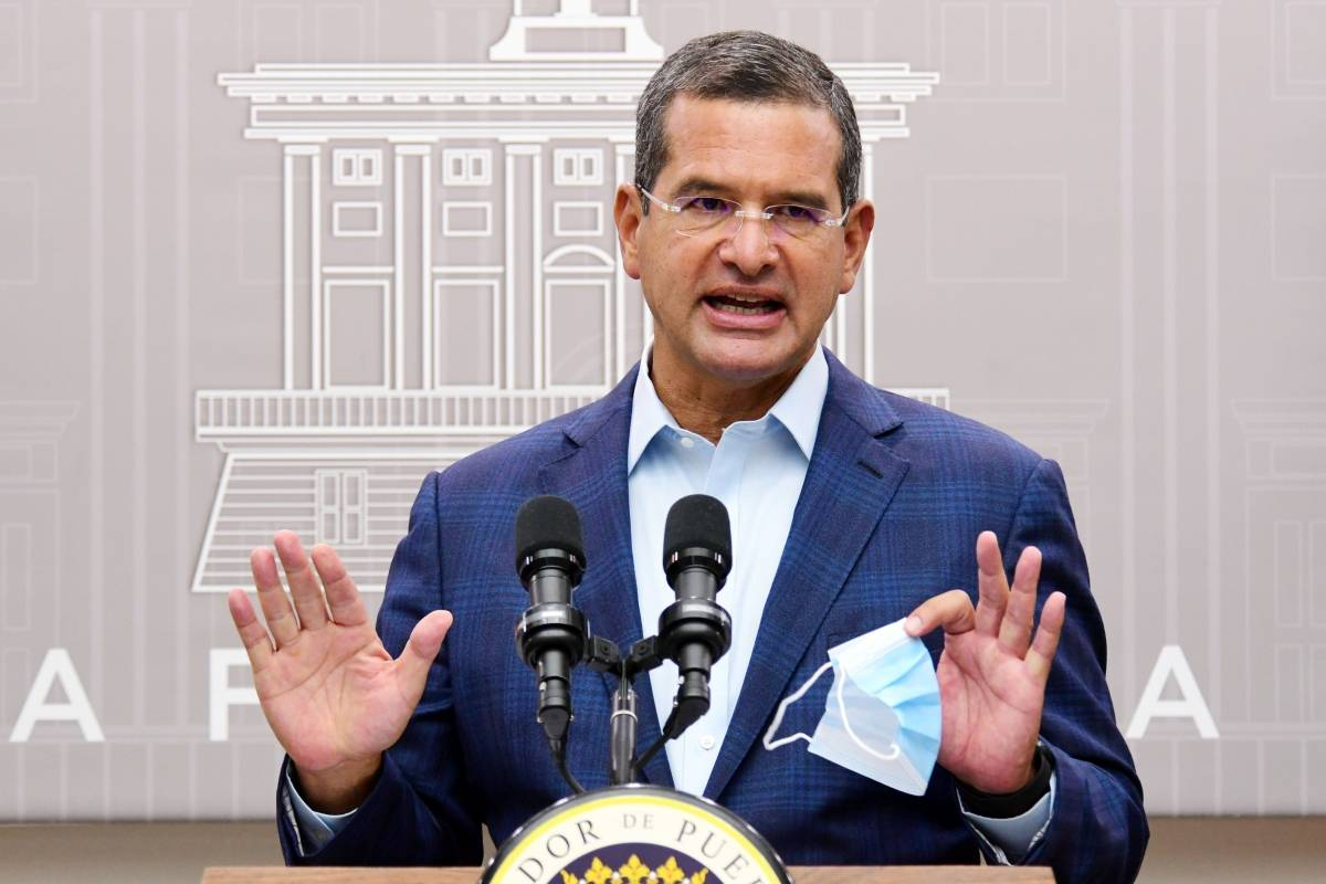 Pierluisi maintains business closure from midnight