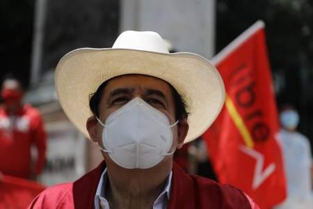 "Video: Ex-President ""Mel"" Zelaya arrested ""distributing"" money at Lieber rally"