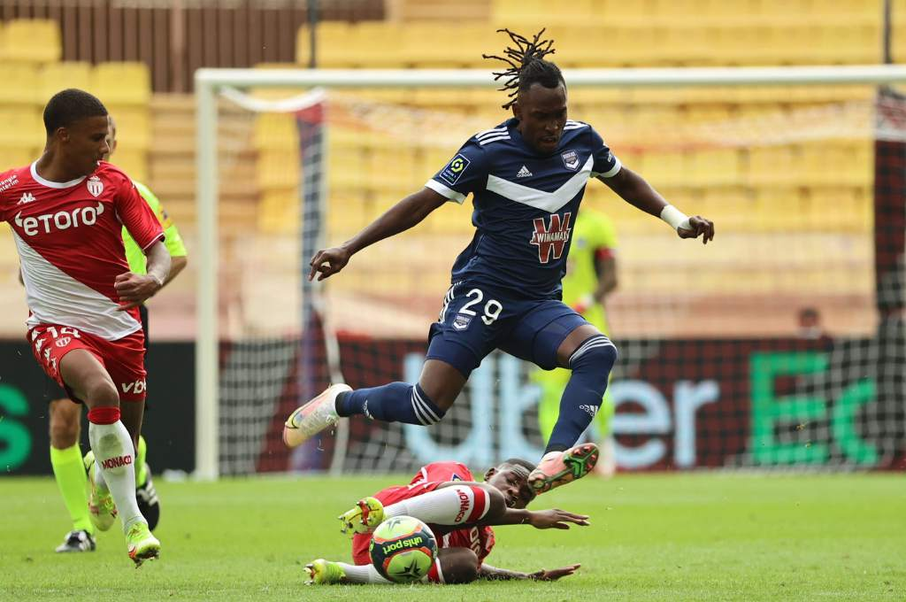 Albert Ellis made his debut with Girondins de Bordeaux and played 35 minutes in the 1-10 loss to Monaco in Ligue 1.