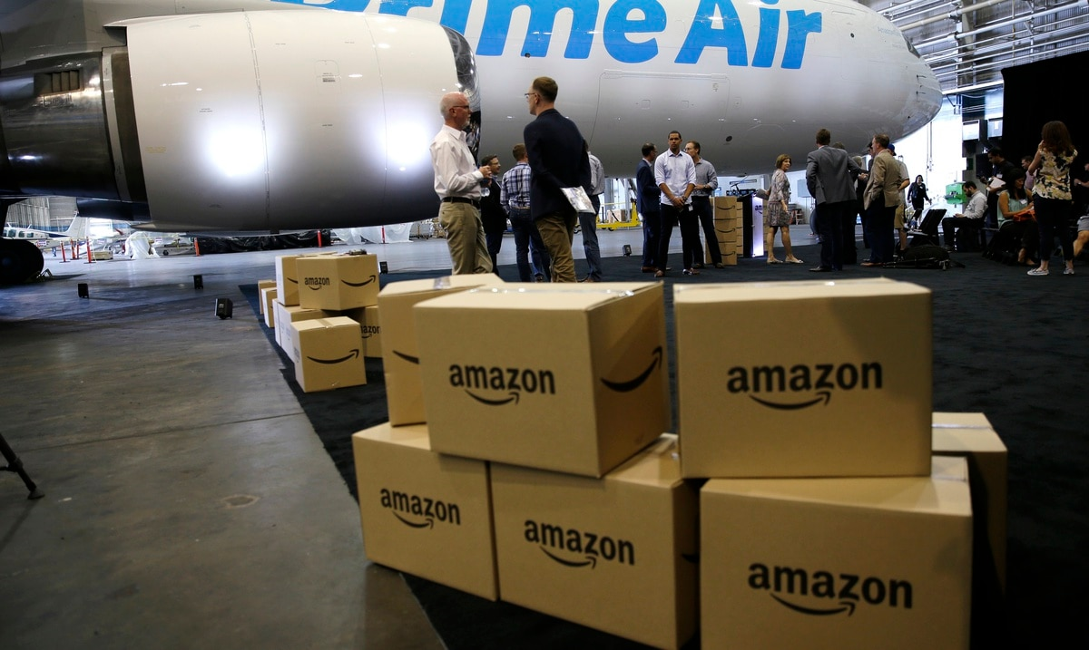 Amazon acquires a fleet of 85 planes and 50,000 trucks for Christmas delivery