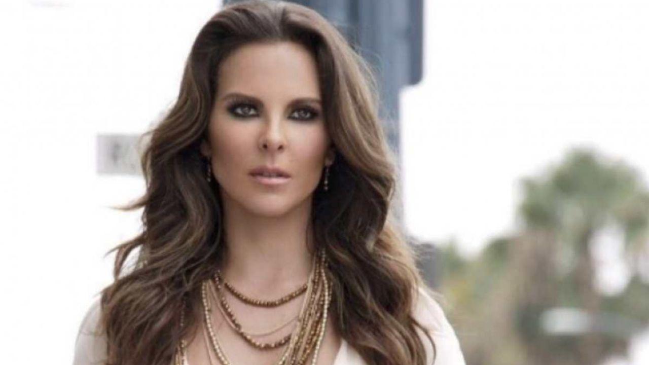 Kate del Castillo records La Reina del Sur in MACHU PICCHU and gets drunk!: VIDEO