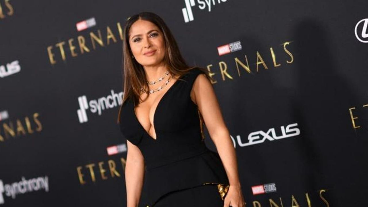 "Salma Hayek or Angelina Jolie choose the best dress from the ""Eternals"" premiere"